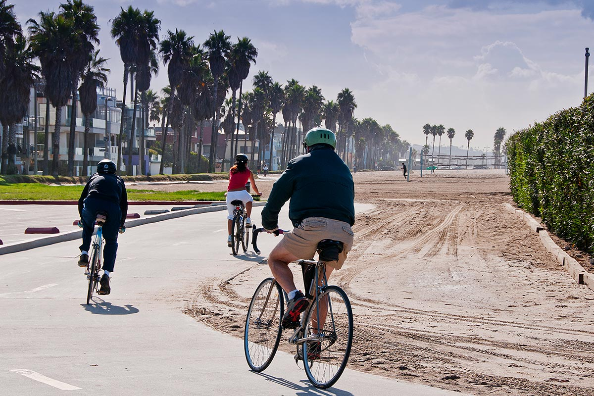 Beach Volleyball Fishing And Surfing Are Por At This The Venice Breakwater Is Actually An Acclaimed Local Surf Spot Bike Skate Als