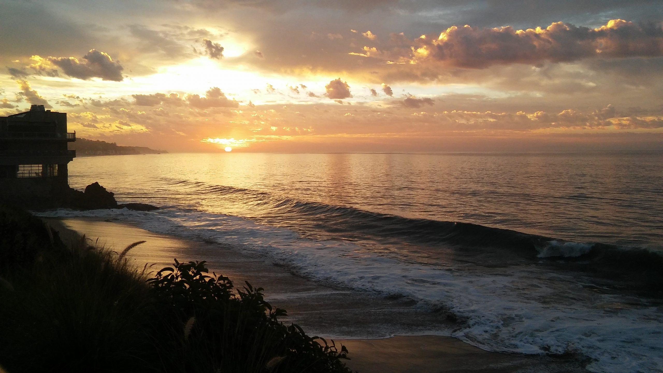 Photo of sunrise at Dan Blocker Beach
